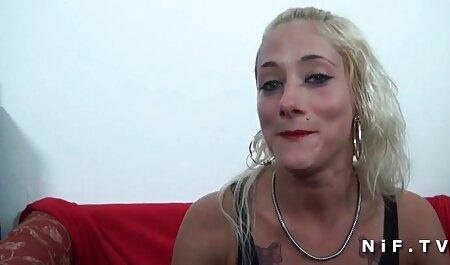 Loira Madura com olhos quentes ver video adulto gratis jogou um pau grande