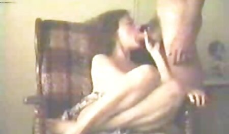 Uma jovem garota para um vizinho videos adultos para whatsapp maduro, e sugeriu sexo