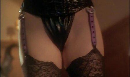 estrela x videos adultos pornô seduz um homem foda com porra insolente no pornô maduro