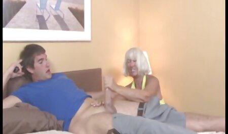 Depravado puta vídeo de pornô de adulto madura buceta sabe tudo sobre quente dedo Masturbação