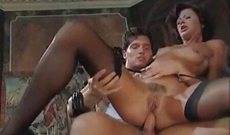 As meninas gostam de foder de maneiras video adulto anal diferentes