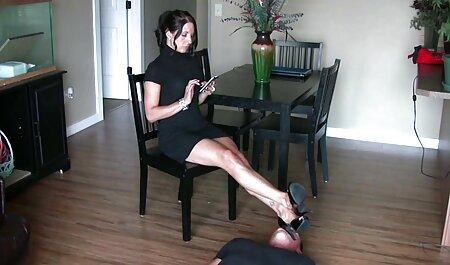 O preto bateu download videos adultos forte na bunda de sua namorada até creampie quente