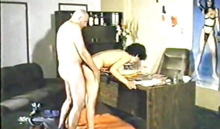 Phat bunda latina vídeo pornô de adulto beleza punido com grande falo preto