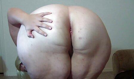 Bela Vaqueira L. Um jovem modelo pornô é bom durante uma punheta videos adulto de sexo