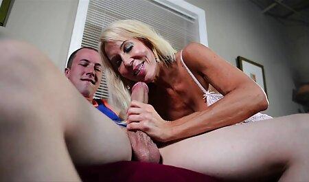 Tesão senhora madura está com fome de Cu do caralho vídeo de pornô de adulto com um