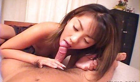 Uma pessoa que é extremamente áspero sexo com vídeos porno adultos duas jovens cadelas em êxtase