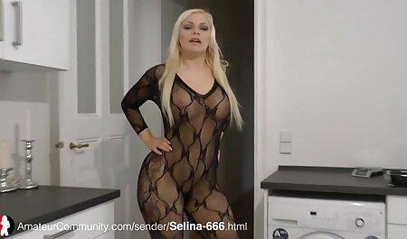 Jovem modelo pornô com bunda enorme adora ter sexo videos adultos amadores