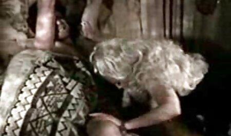 Sexo em linha reta tipo de caras com meninas em diferentes videos para adultos grátis posturas