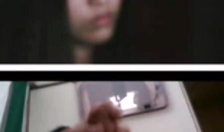 Uma jovem xxx adulto video Amadora convidou um agente pornô para fodê-la na bunda enquanto o vibrador está na buceta dela