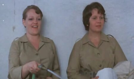 Dois jovem cadelas videos adultos mulheres uso uma cinta ligar duro porra
