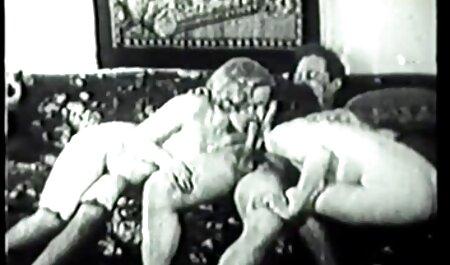 Peituda Canadense pornstar fode e chupa um pau filme pornô adulto grande de confiança