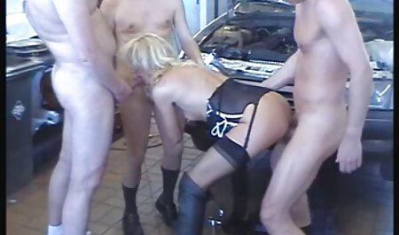 Skinny videos adultos hd jovem loira tiras e se masturbar buceta